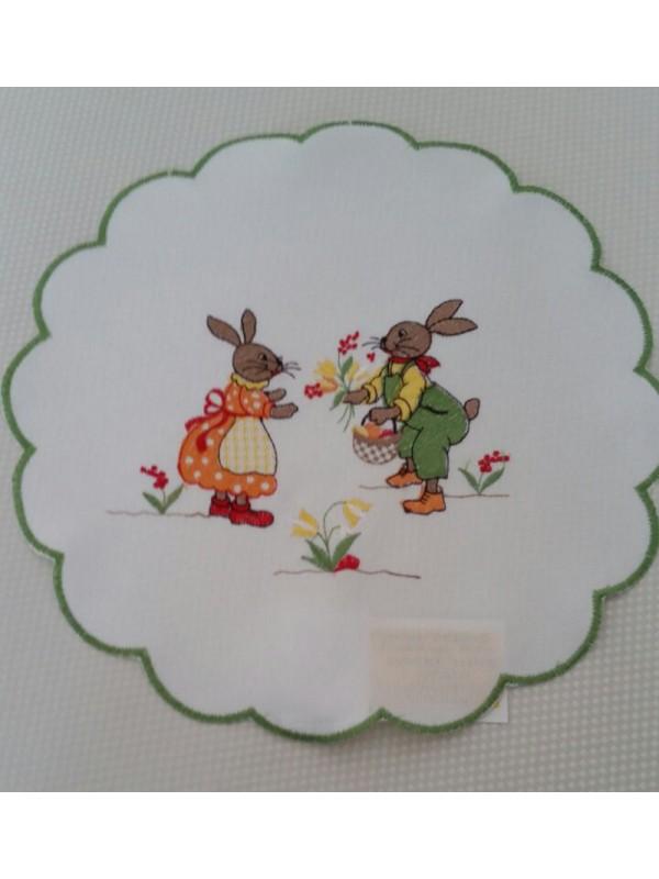 Великденска салфетка - Зайци