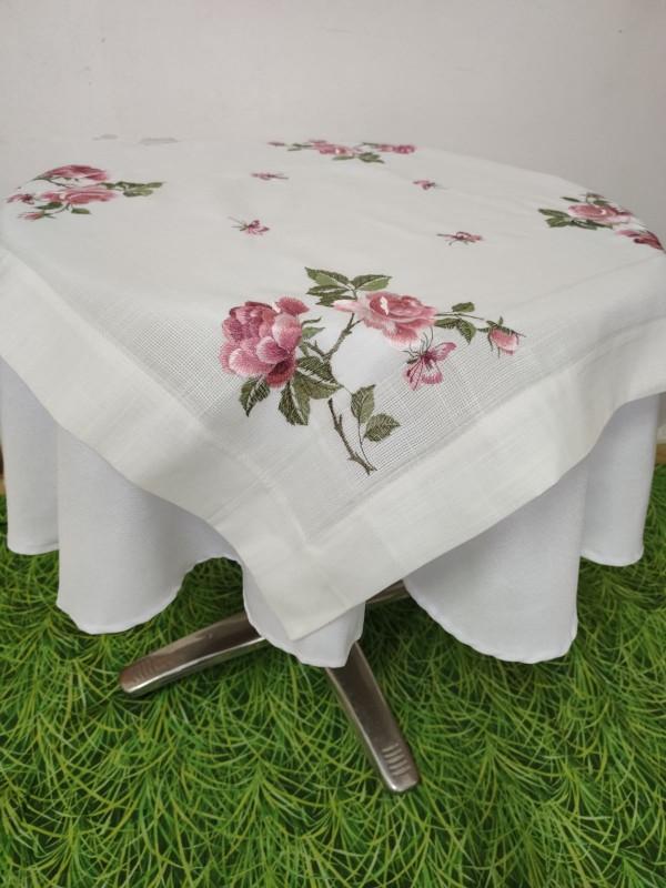 Каре за маса с бродерия - Рози