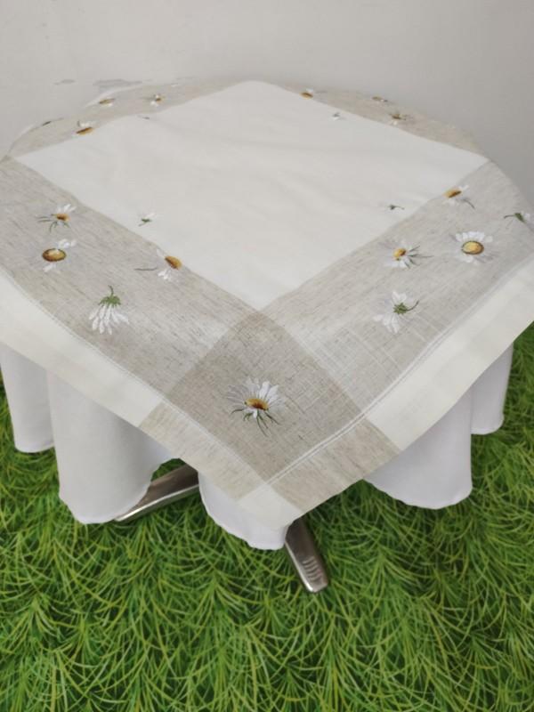 Каре за маса с бродерия - Маргарити